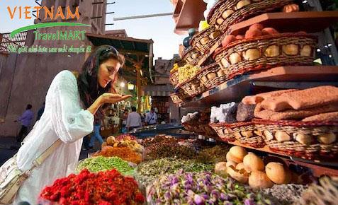 Chợ gia vị Spice Souk