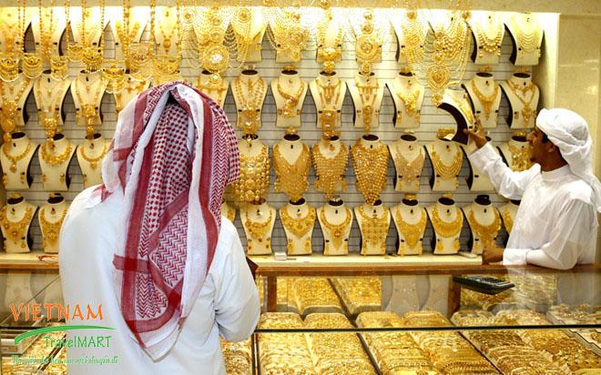 Chợ vàng Gold Souk