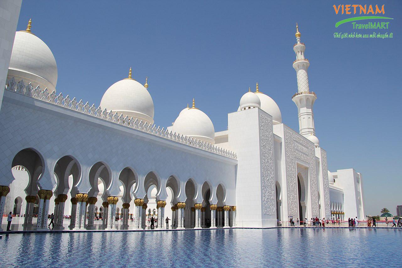 Thánh đường Hồi Giáo Jumeirah Mosque